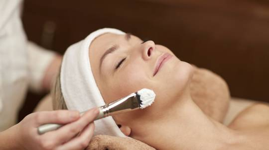 Facial Treatment at Home - 60 Minutes