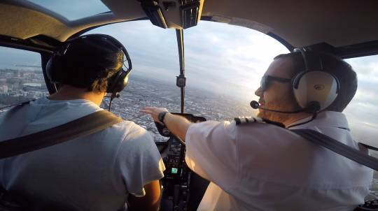 Helicopter Flight Over Melbourne Front Seat Guarantee-20 Min
