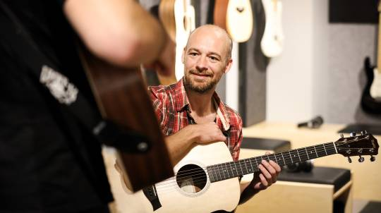 Private Guitar Lesson - 45 Minutes