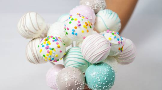 Cake Pop Making and Decorating Class