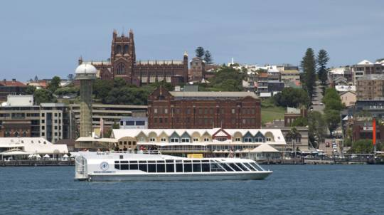 Scenic Cruise around Newcastle Harbour with Lunch