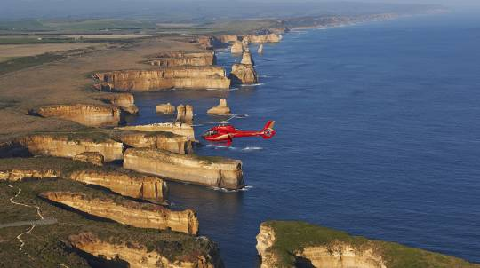 Helicopter Flight Over The 12 Apostles with Ground Tour