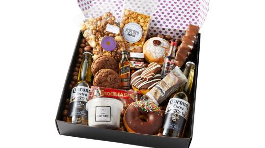 Donuts and Drinks Gift Box with Whisky, Vodka and Beers
