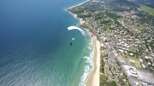 Tandem Skydive Over Sunshine Coast - Up To 10,000ft