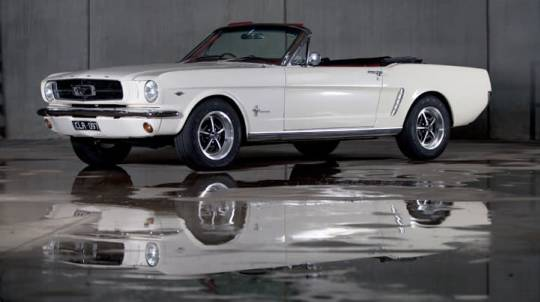 1965 Ford Mustang Convertible Car Hire - 6 Hours - Midweek