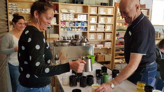 Candle Making Class with Tea and Coffee - 2.5 Hours