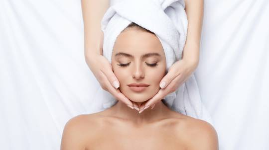 Rejuvenating Facial Treatment - 30 Minutes