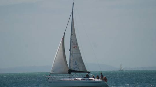 Yacht Sailing in the Mornington Peninsula - 3 Hours
