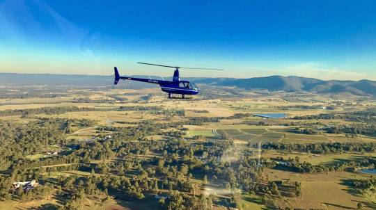 Hunter Valley Scenic Helicopter Flight with Pub Lunch- For 2