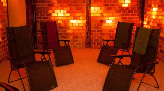 Detoxing Infrared Sauna and Salt Therapy Package