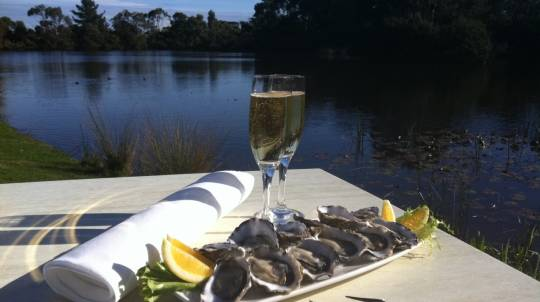 Oysters and Sparkling Wine on the Peninsula - For 2