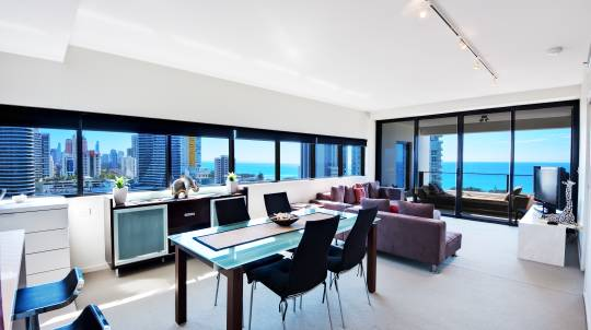 3 Night Seaside Apartment Getaway - For 6