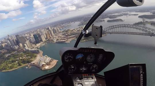 Helicopter Flight Over Sydney - 20 Minutes