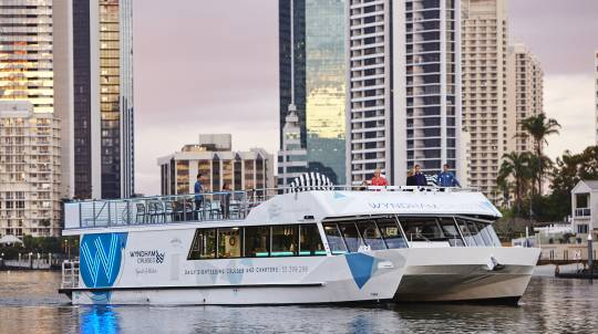 Gold Coast Sightseeing Cruise with 3 Course Dinner