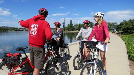 Canberra Electric Bike Tour - 2 Hours