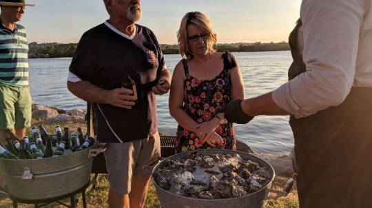 Mobile Oyster Shucker with Craft Beer - For 8