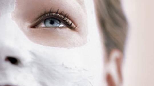 Organic Facial and Nailpolish for Hands or Feet