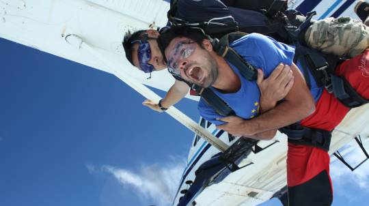 Tandem Skydive 10,000ft - Cairns