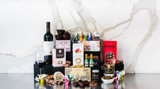 Ultimate Gourmet Hamper with Barossa Valley Shiraz