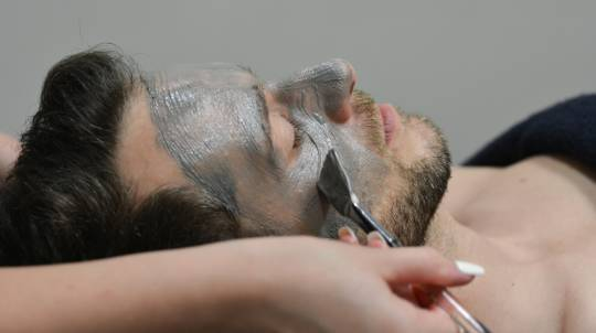 Facial, Haircut and Style - For Men