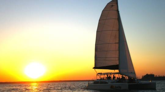 Sailing at Sunset - BBQ Dinner and Drinks