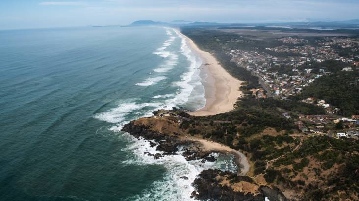 Scenic Helicopter Flight and 3 Course Winery Lunch - For 2
