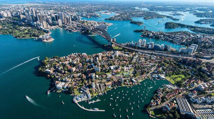 Scenic Flight Over Sydney Harbour and Northern Beaches
