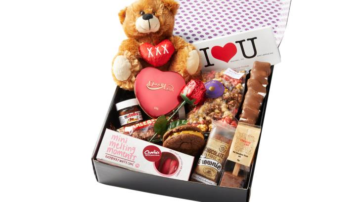Romantic Chocolate Gift Box