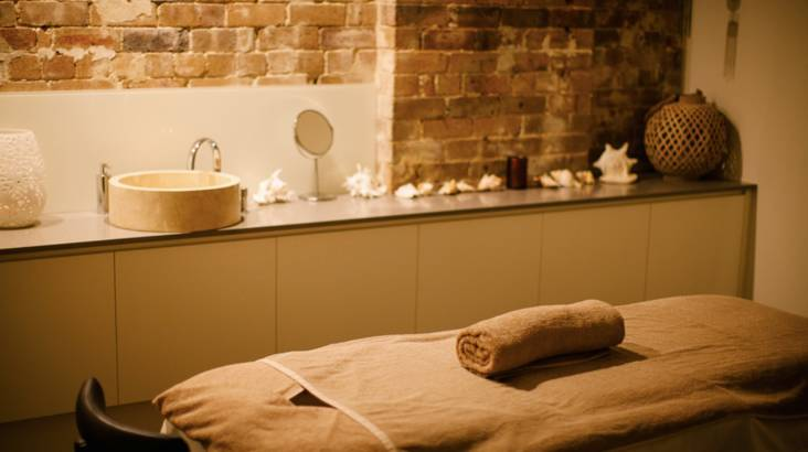 Full Body Scrub and 1 Hour Massage with Warm Stone Lounge