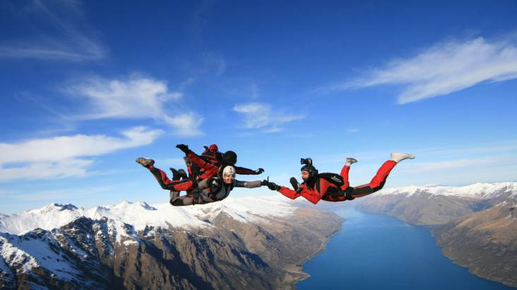 RedBalloon Tandem Skydive Over Queenstown - 15,000ft