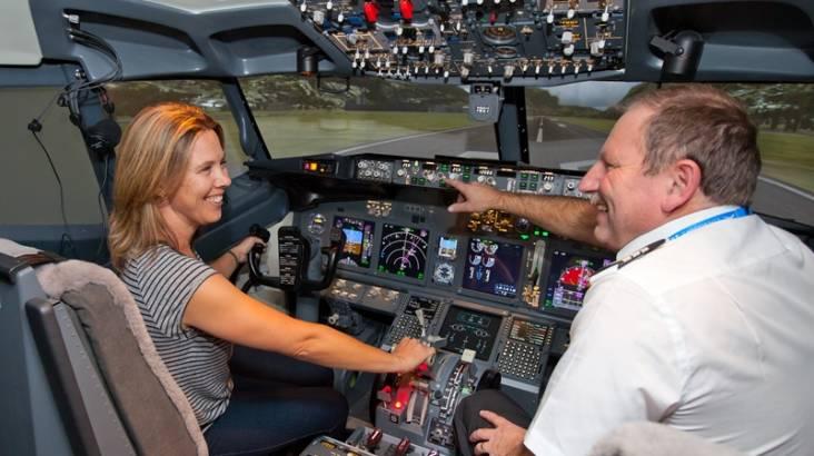Boeing 737-800 Simulator Flight - 90 Minutes - Parafield SA