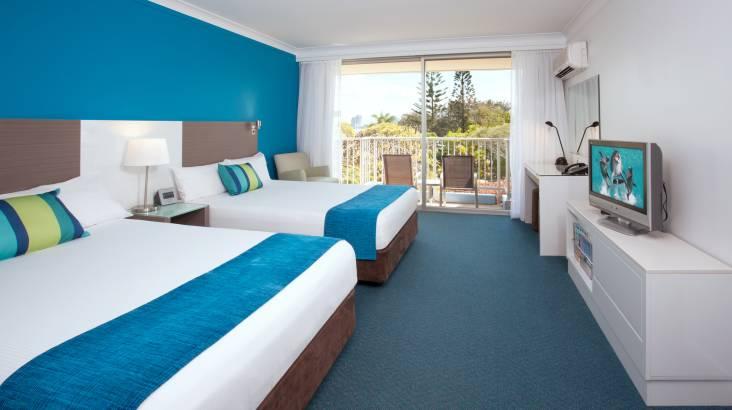 Sea World Gold Coast Family Getaway - For 4