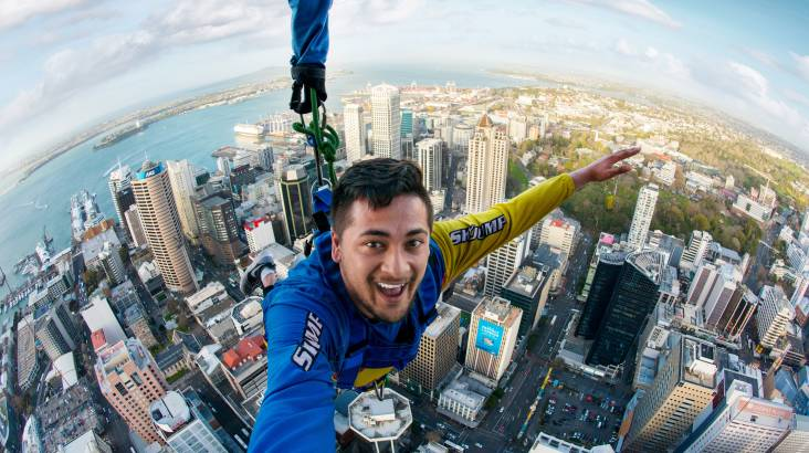 RedBalloon Auckland Sky Tower SkyJump