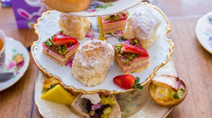 RedBalloon Deluxe High Tea with Unlimited Champagne, Scones and Gift