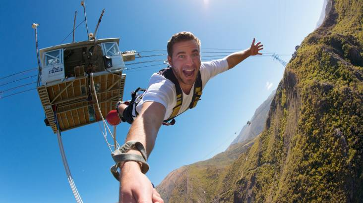RedBalloon Queenstown 134m Nevis Bungy Jump with T-Shirt