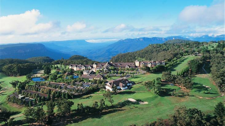 Blue Mountains Escape WITH FREE UPGRADE - For 2