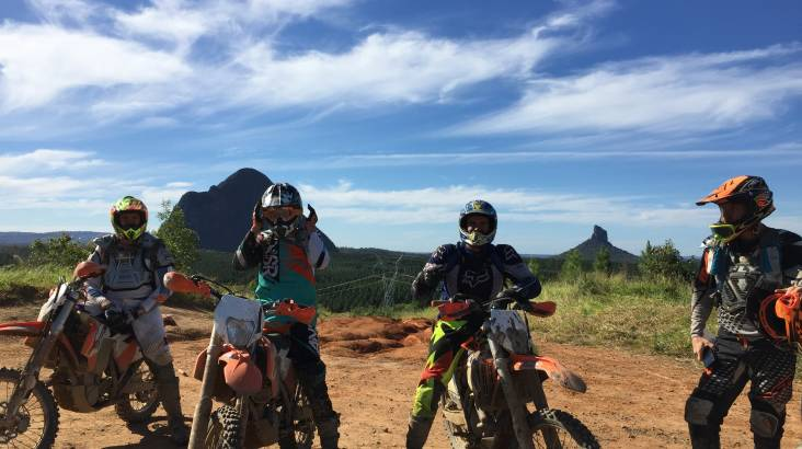 RedBalloon Glass House Mountains Guided Trail Bike Tour - Full Day