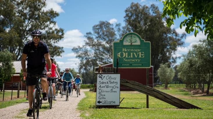 RedBalloon Gourmet Food and Wine Cycling Tour - For 2