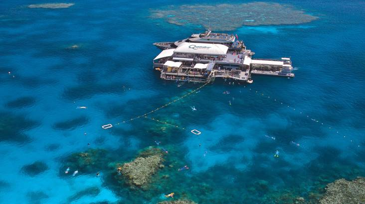 Outer Barrier Reef Cruise, Snorkel and Lunch - Family