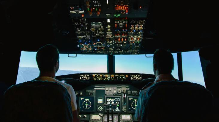 Jet Flight Simulator Challenge - 2 Hours