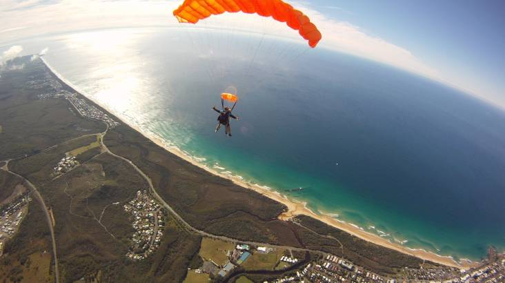 RedBalloon Skydive over Sunshine Coast - 15,000ft - Midweek