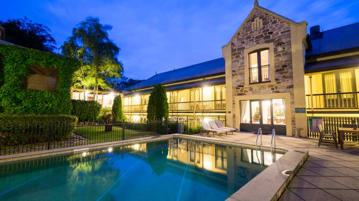 Overnight Luxury Stay with Breakfast, Wine and Spa Vouchers