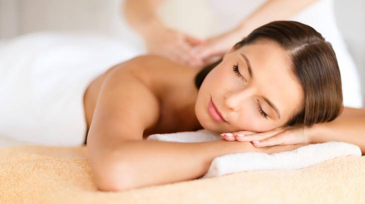 Relaxing Massage and Wellness Breakfast - For 2