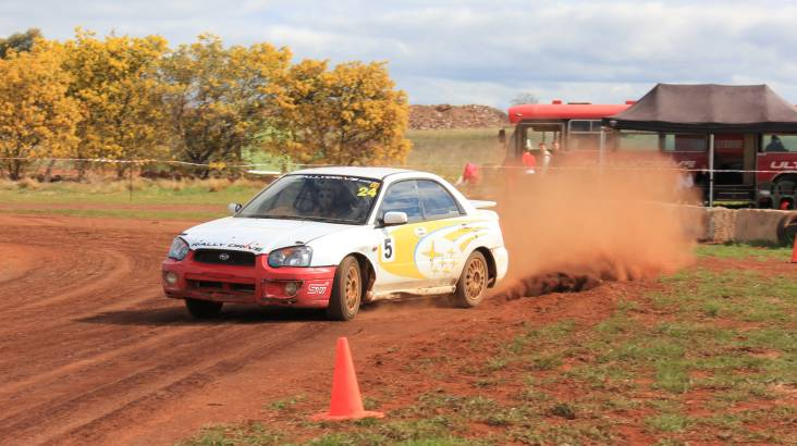 RedBalloon 6 Lap Rally Drive Plus 1 Bonus Hot Lap - Melbourne