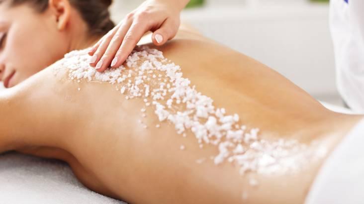 Aromatherapy Body Massage and Back Polish - Robina