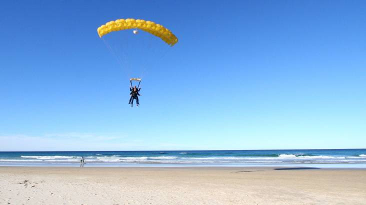 Skydive over Sunshine Coast - 15,000ft - Weekend