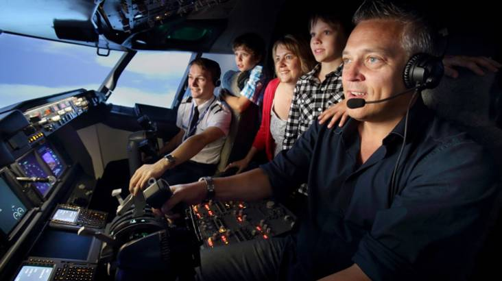 737-800 Boeing Flight Simulator Experience - 60 Minutes