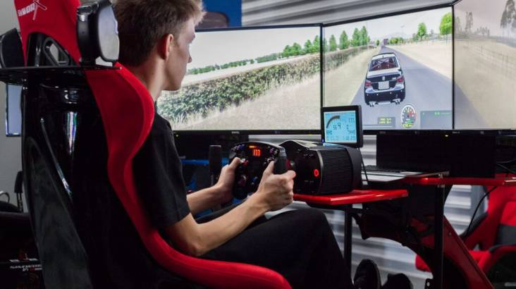 Golf and Racing Simulator Experience