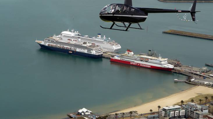 Melbourne Helicopter 30 Minute Scenic Flight - For 3