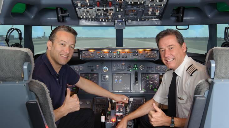 Boeing 737-800 Flight Simulator - 45 Minutes